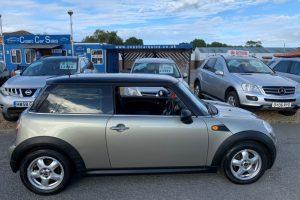 mini-hatch-2008-5886226-4_800X600