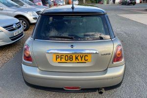 mini-hatch-2008-5886226-5_800X600