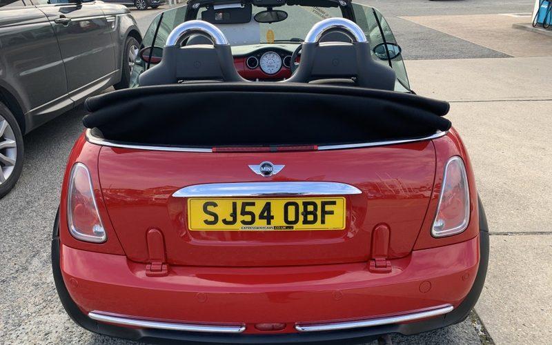mini-convertible-2004-5954797-5_800X600