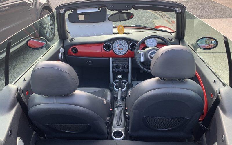 mini-convertible-2004-5954797-6_800X600