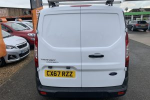 ford-transit-connect-2017-6018562-5_800X600