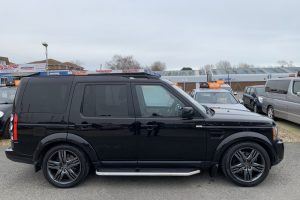 land-rover-discovery-2011-6045010-1_800X600