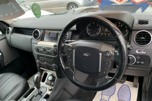land-rover-discovery-2011-6045010-6_800X600