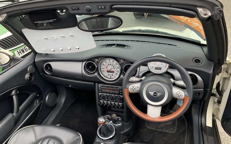 mini-convertible-2008-6096070-11_800X600