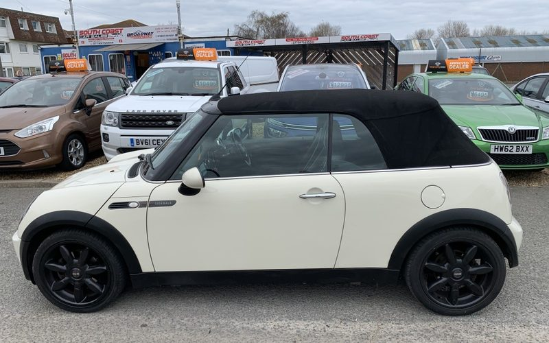 mini-convertible-2008-6096070-4_800X600