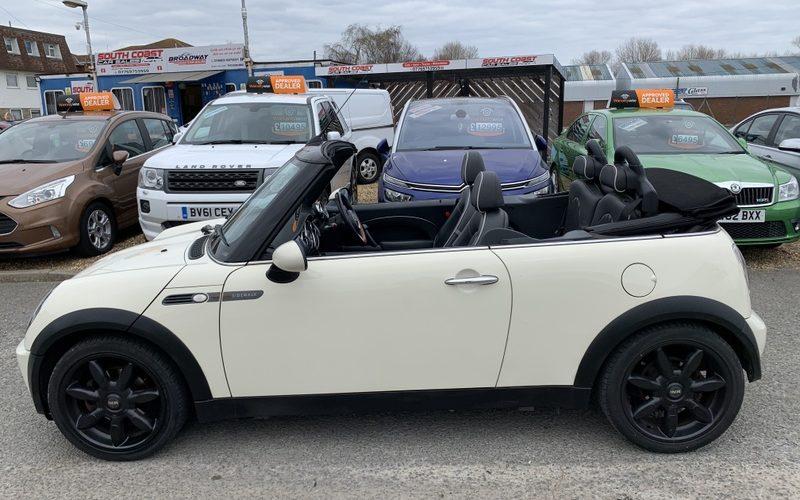 mini-convertible-2008-6096070-7_800X600