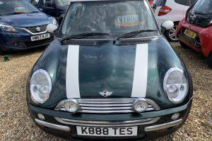 mini-hatch-2001-6097984-5_800X600