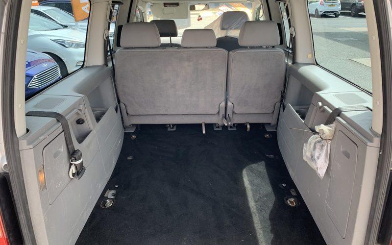 volkswagen-caddy-maxi-2008-6147241-15_800X600