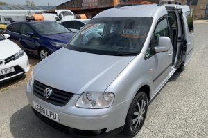 volkswagen-caddy-maxi-2008-6147241-6_800X600