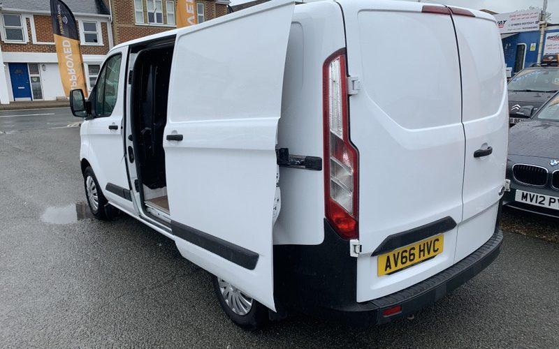 2016-ford-transit-custom-290-lr-p-v-panel-van-diesel-manual-6167425-12_800X600