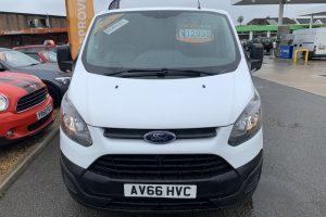 ford-transit-custom-2016-6167425-2_800X600